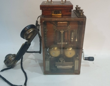 Telefono magneto militar madera Cod 31945